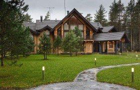 Купить загородную недвижимость