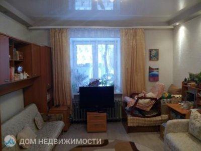 Комната в 3-к. кв., 21 м2, 1/3 эт.